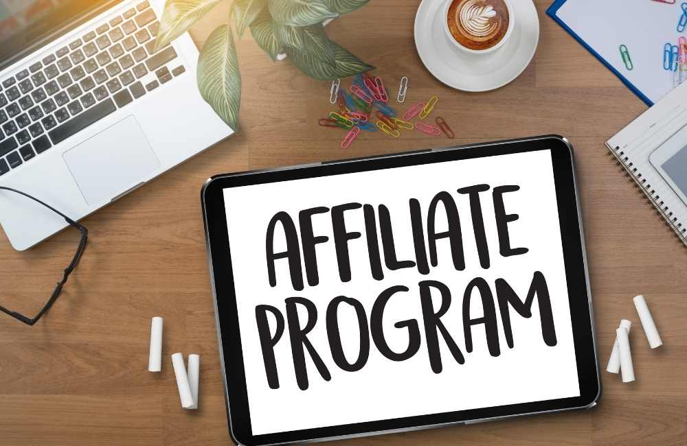 THE HIGHEST-RANKING AFFILIATE MARKETING CONSULTANT IN KERALA.,.,